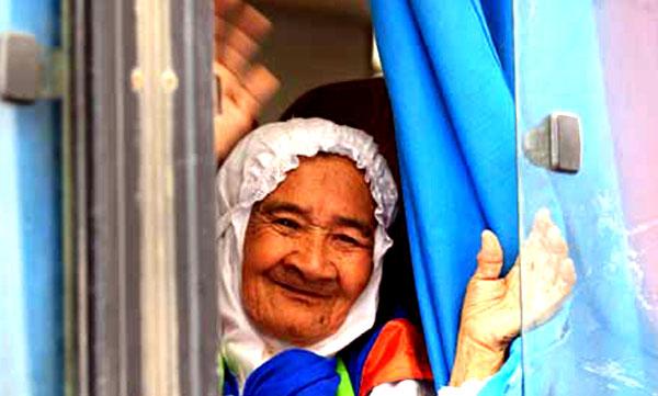 Jamaah haji lanjut usia (Is)
