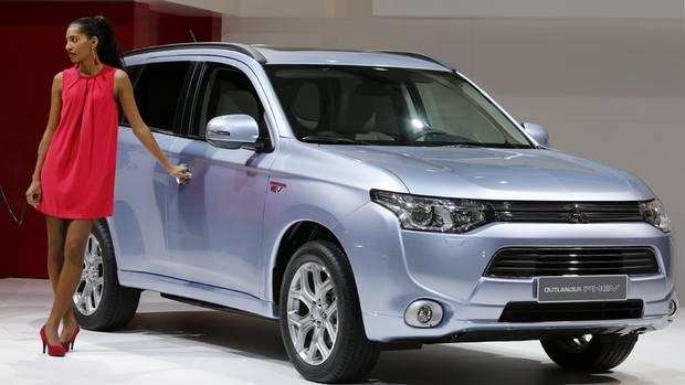 Mitsubishi Outlander PHEV (theglobeandmail.com)