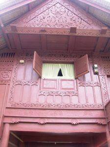 Rumoh Aceh masih menjadi salah satu ciri khas rumah warga di Lubok Sukon (M Iqbal)