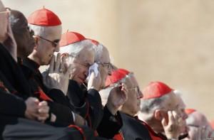 Kardinal mengikuti rapat proses pemilihan Paus (Reuters)