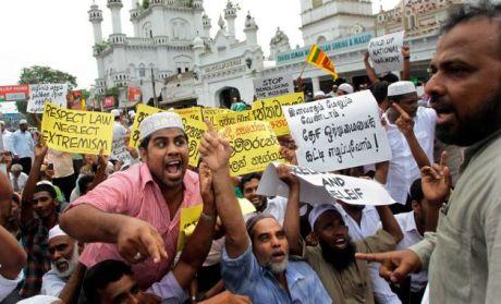Kekerasan Etnis Landa Muslim di Srilanka