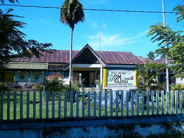 SMA 2 Tolitoli (flickr.com)