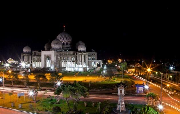 Masjid Islamic Center Kota Lhokseumawe (flickr.com)