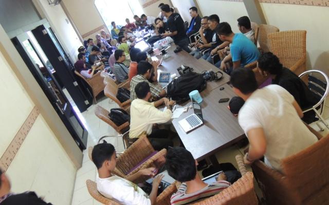 Antusiasme blogger dalam pertemuan WordPress 10th Anniversary (Foto Pozan Matang)
