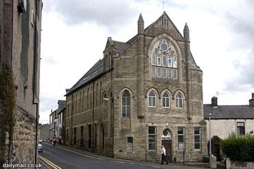 Gereja Tua di Inggris Berubah Menjadi Masjid