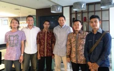 Anak Muda Aceh Barat Temui CEO Adaro Group